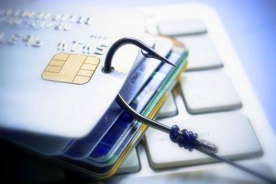 جرایم سایبری چیست؟ بررسی نمونه هایی از جرایم سایبری